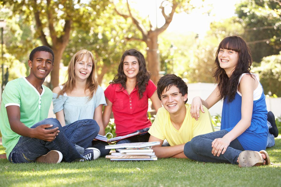 Du học xong nên ở lại hay ra về ? Du học sinh nên về hay ở lại?