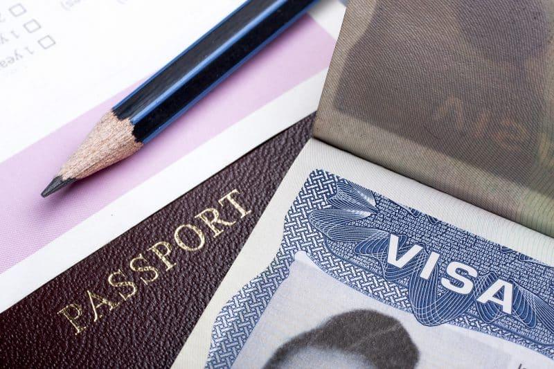 Làm sao để học tiếp ở Mỹ nếu vì dịch Covid-19 mà chưa chuyển sang visa F-1
