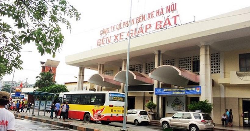 Xe khách chạy tuyến Giáp Bát - Quảng Ninh
