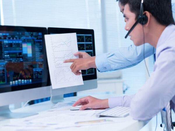 Sinh viên công nghệ thông tin có đi làm thêm trong thời gian học được không?