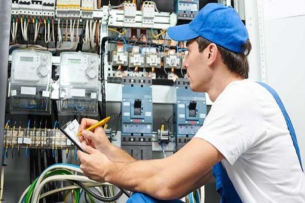 Muốn làm nghề kỹ sư điện cần có kỹ năng gì?